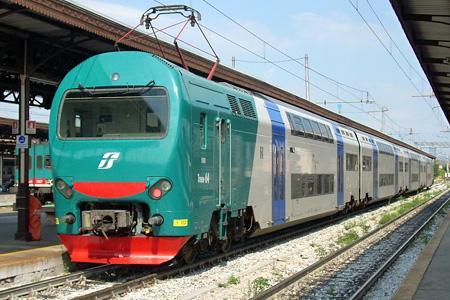Treno - stazione Borgonuovo