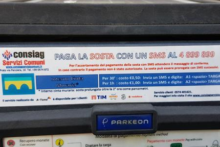 Pagamento parcheggio con app e sms