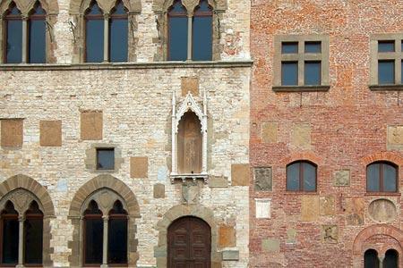 Palazzo Pretorio restauri - CARD